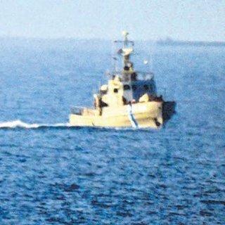 Kaçakları taşıyan bota ateş açıldı kaptan yaralandı