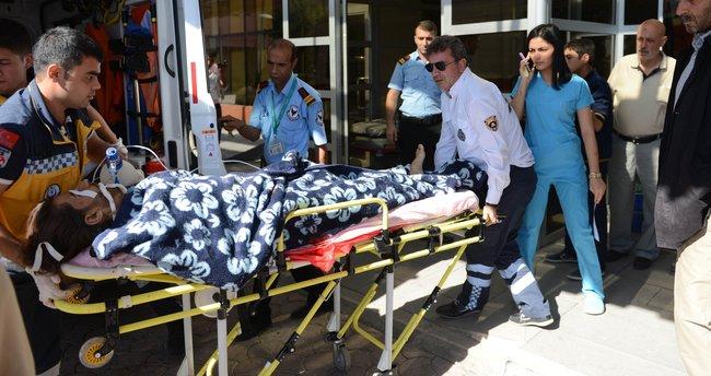 Yaralı 9 ÖSO askeri Kilis'e getirildi, 2'si öldü