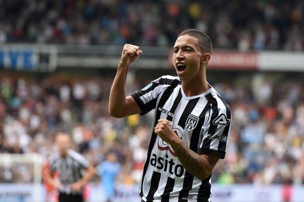 Fenerbahçe'ye genç yıldızı Alex de Souza getirecek!