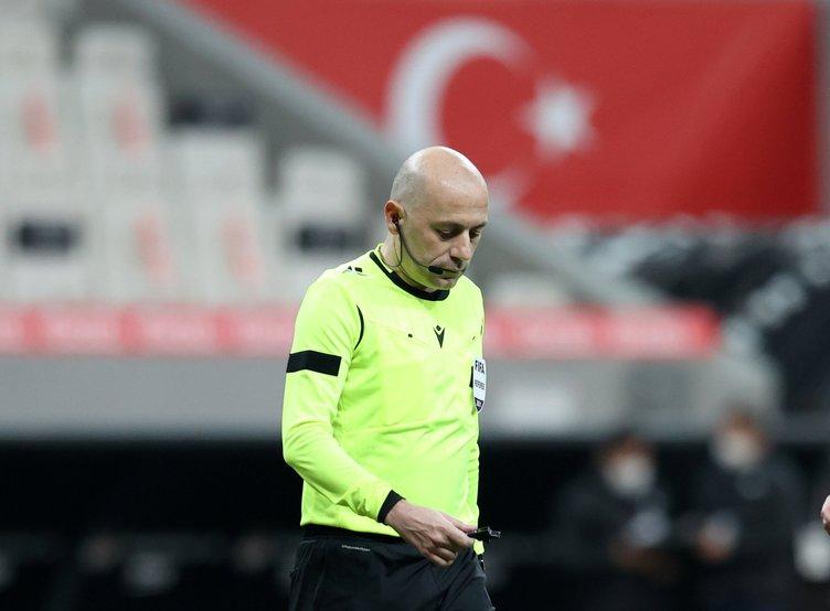 Son dakika: Ahmet Çakar'dan olay sözler! Türk hakemleri Türk futbolunun yüz karası! Cüneyt Çakır'ın yaptıkları...