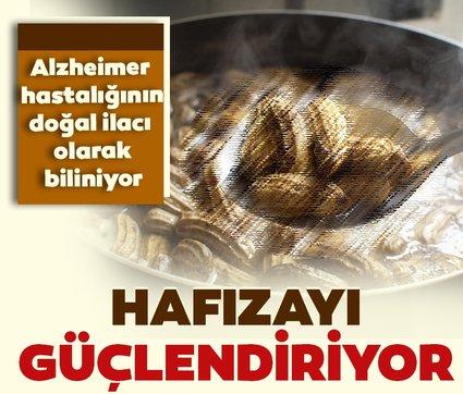 Alzheimer hastalığının doğal ilacı olarak biliniyor! Hafızayı yenileyen süper besin...