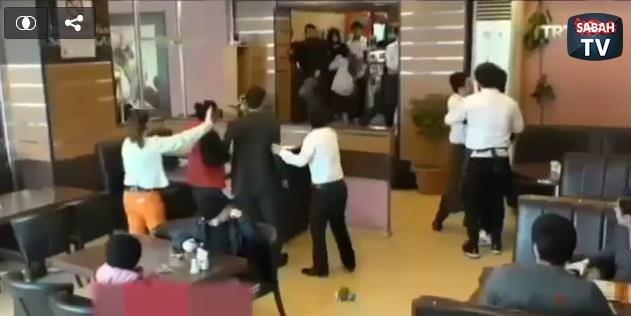 Sokak çocuğuna kızan müdürü dövdü