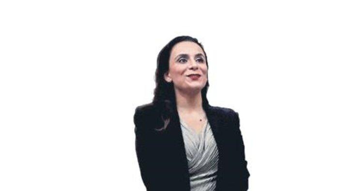 Doç. Dr. Atılgan Kanada'da kadın cinayetleri ile ilgili tebliğ sundu