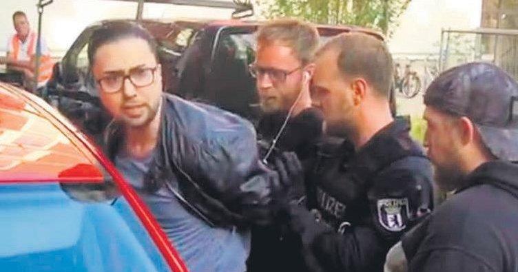 Türk avukata polis kelepçesi