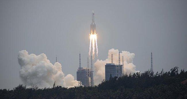 Son dakika: Çin'den 'Yörüngeden çıkan roket' açıklaması! Zarara yol açma ihtimali düşük