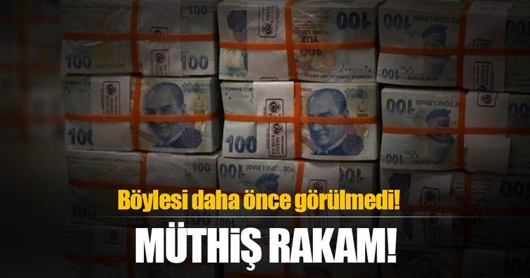 Devlet para bastı: Bu kadarı görülmemişti