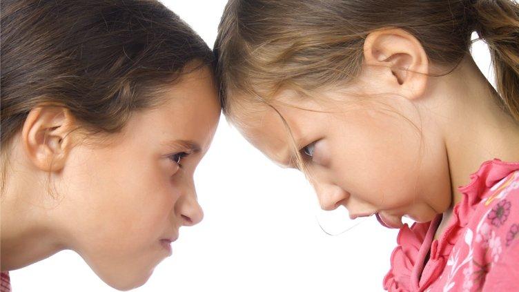 Kardeşler arası çatışmayı önlemek için 3 yol