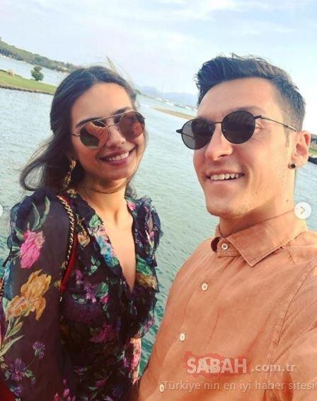 Amine Gülşe eşi Mesut Özil'in doğum gününü sosyal medyadan romantik bir paylaşımla kutladı!