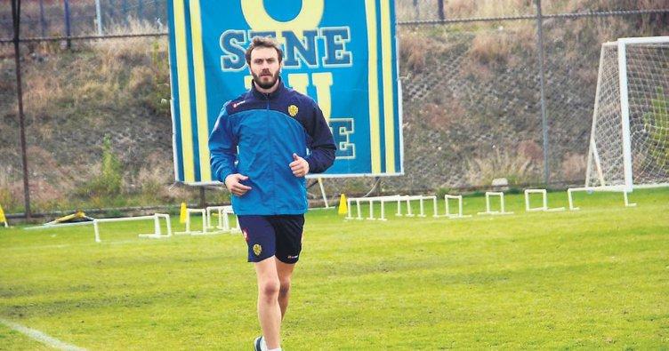 Korcan Ankaragücü'nde kalmak istiyor