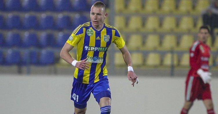 Son dakika: Fenerbahçe'de yeni transfer: Attila Szalai İstanbul'a geliyor!