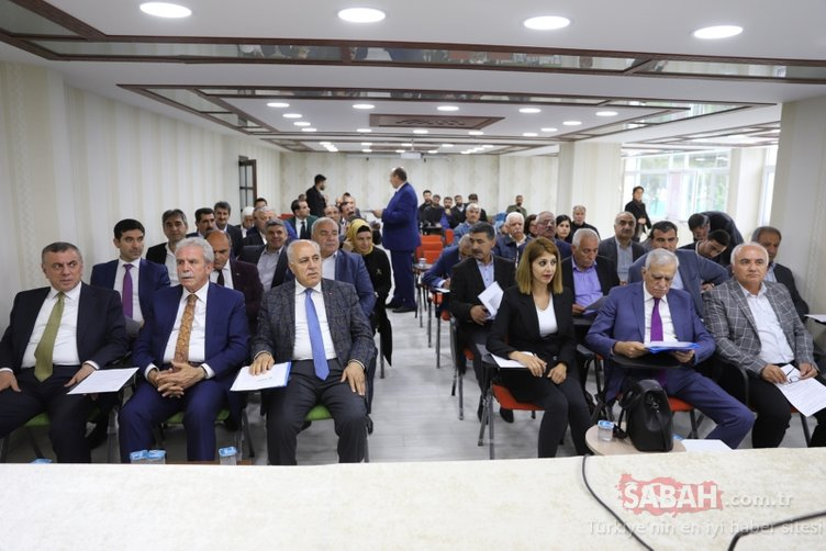 Mardin Büyükşehir Meclisi'nde 'İstiklal Marşı' tartışması