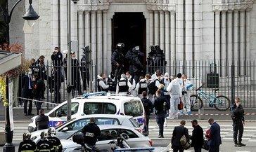 Nice ve Cidde'de bıçaklı saldırı: 3 ölü