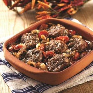 - kofteli soganli guvec 1587791629914 - Köfteli soğanlı güveç Tarifi – Et Yemekleri