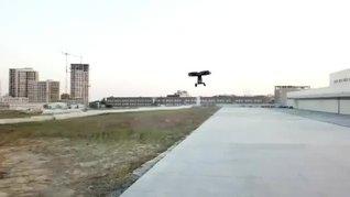 Selçuk Bayraktar'dan heyecanlandıran paylaşım! Milli uçan araba 'Cezeri' havalandı   Video
