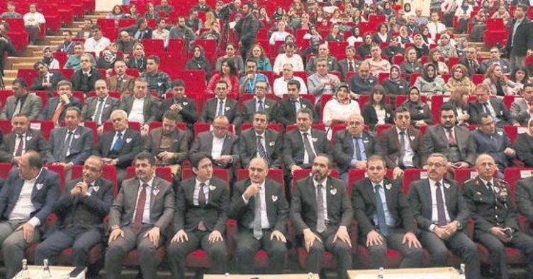 Vali Özkan: Büyük fedakarlık gösteriyorlar