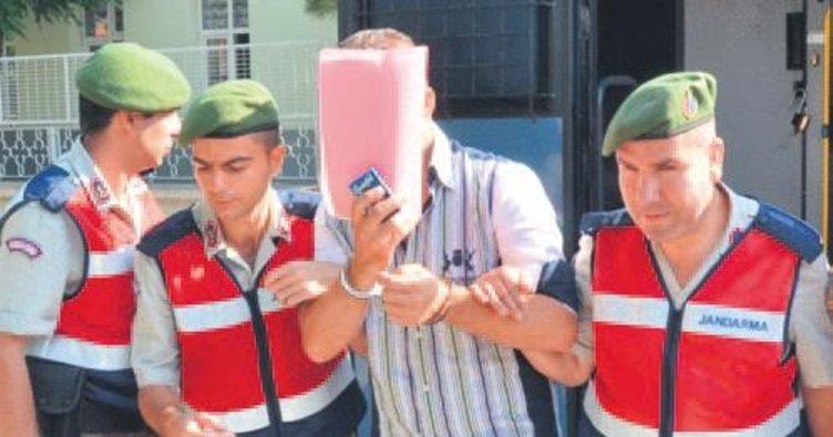 Rodos'a kaçan 17 kişi sığınma hakkı istedi