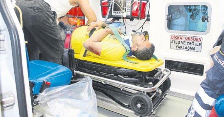 Ağaca çarpan motosikletteki iki kardeş hastanelik oldu