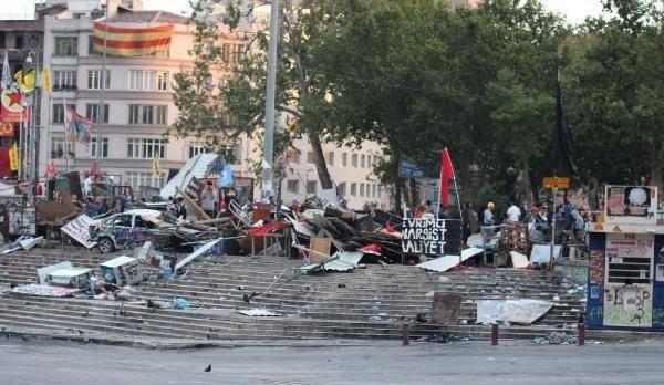 Dün gece Taksim'de neler oldu?