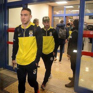 Fenerbahçeli taraftarlar, sarı-lacivertli futbolculara mektup yazdı