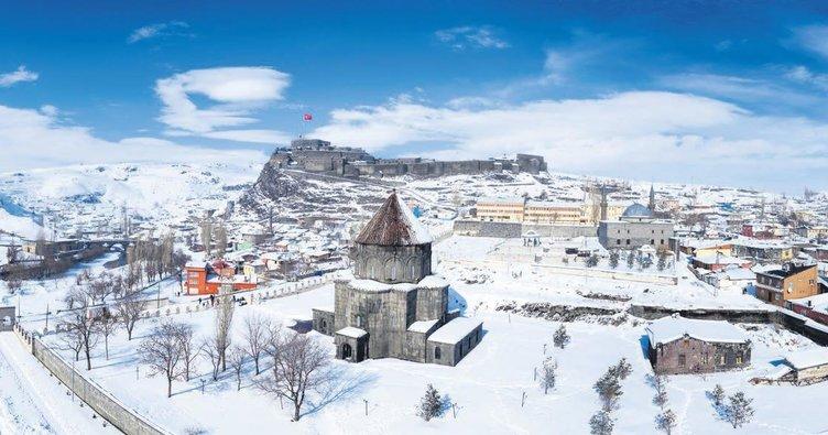Kar en çok Kars'a yakışıyor