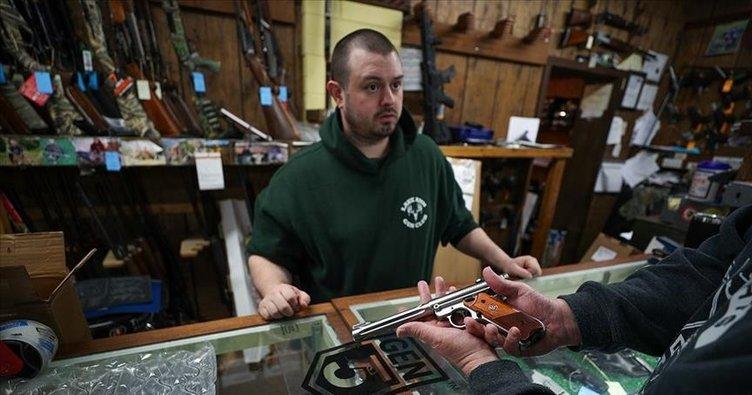 ABD'de flaş iddia! Yardım çekleri silah alımına gitti