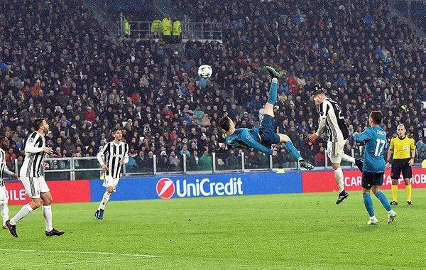 Ronaldo attı, sosyal medya çıldırdı