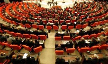 Son dakika: TSK'ya yeni düzenlemeler getiren teklif Meclis'te