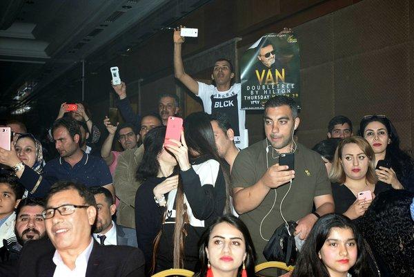 İranlı turistler Van'da Moein konseriyle coştu