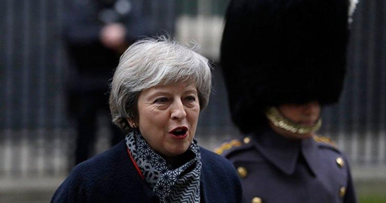 Brexit'i gerçekleştirememek demokrasiye güveni feci şekilde zedeler