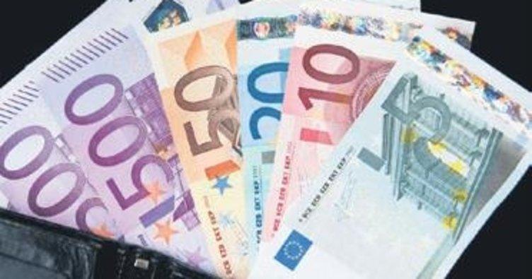 Tuvalette 10 bin euro buldular