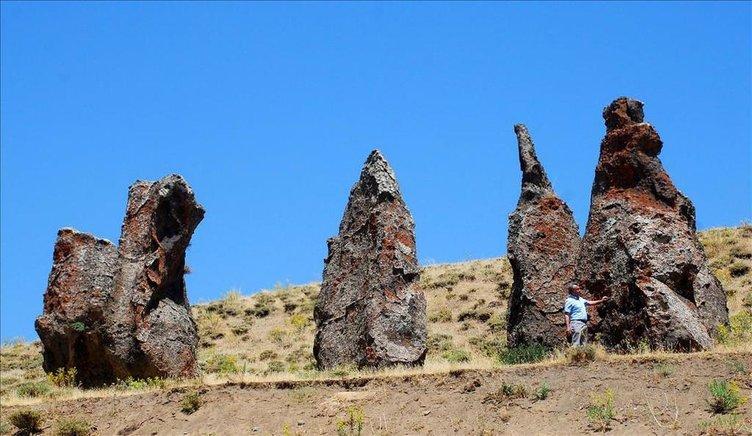 Nemrut'un develeri zamana direniyor