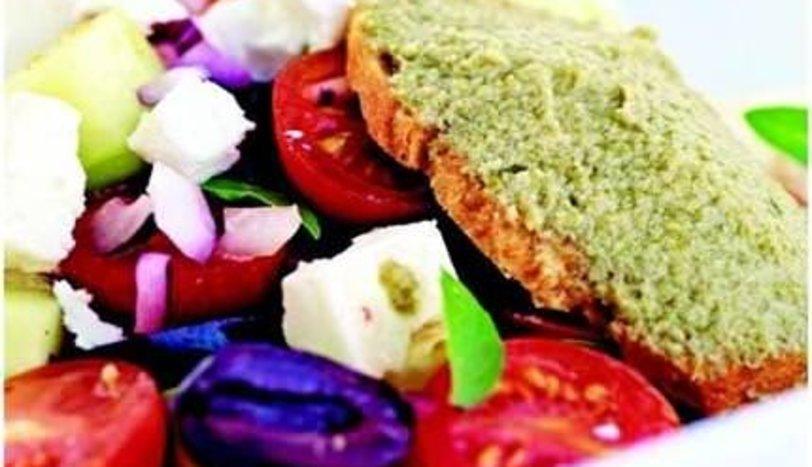 Feta Salatası