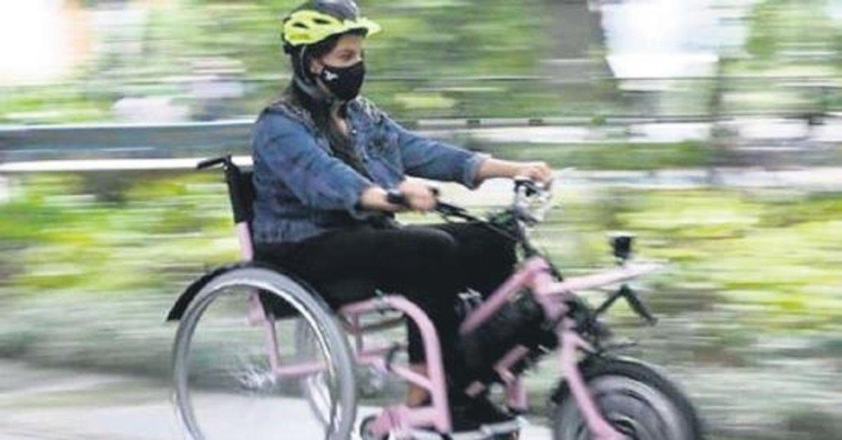 Tekerlekli sandalyeli kadın banka soydu