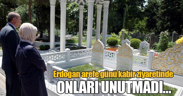 Cumhurbaşkanı Erdoğan'dan mezar ziyaretleri
