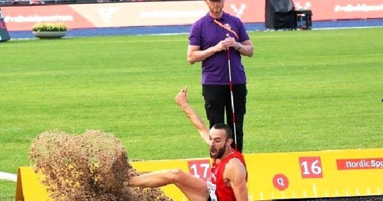 Necati Er, üç adım atlamada Türk spor tarihine geçti