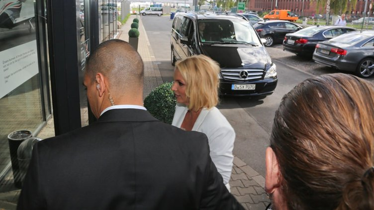 Britney Spears'tan şaşırtan hareket!