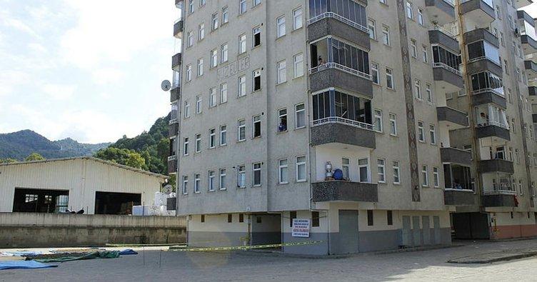Sürmene'de 2 apartman karantinaya alındı