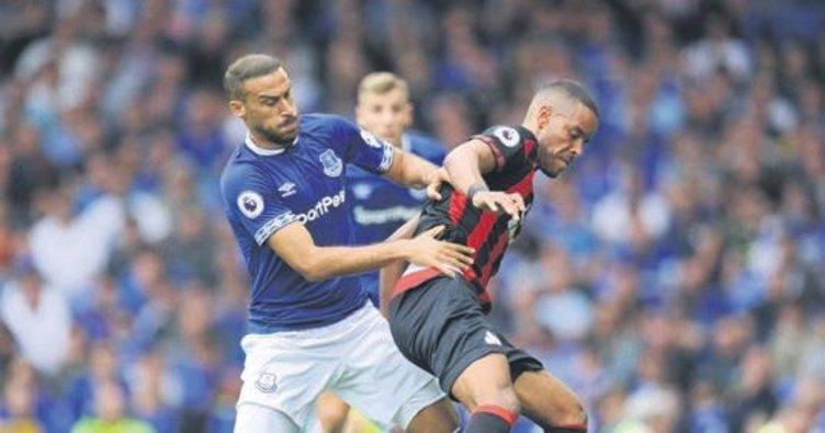 Everton evinde takıldı