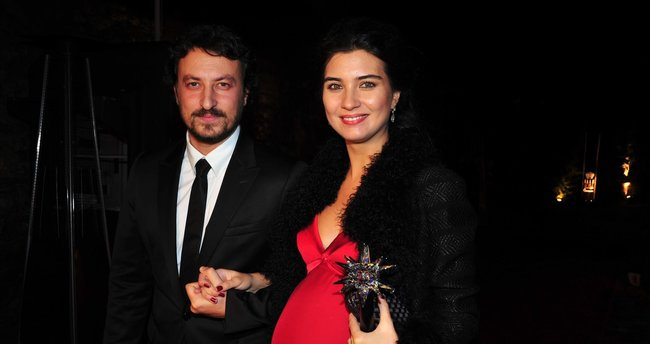 Tuba Büyüküstün ile Onur Saylak'ın boşanma nedeni ortaya çıktı