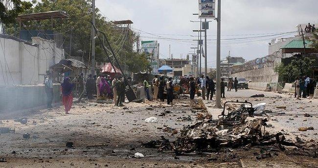 O ülkede bombalı saldırı: 3 ölü!
