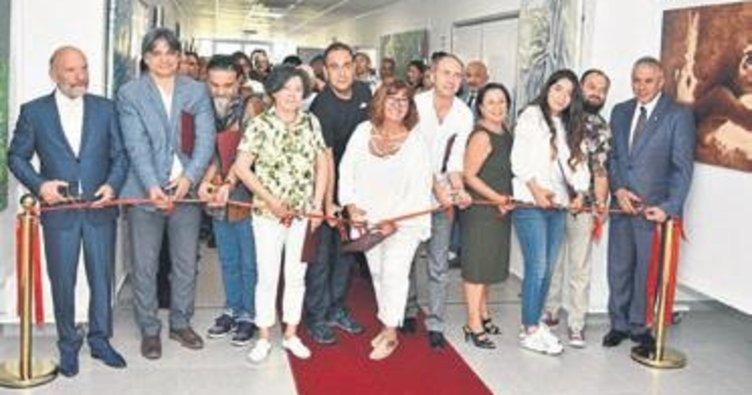 Türk ve Kazaklardan 124 eserlik özel sergi