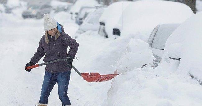 Kanada'da kar felaketi: 6 ölü