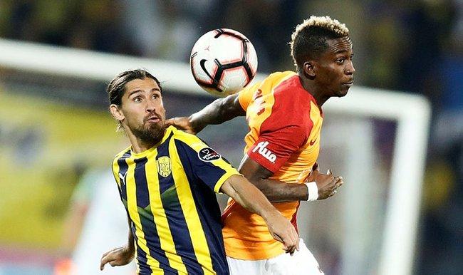 Galatasaray sezonu 3 puanla açtı