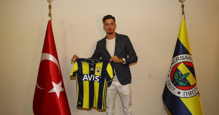 Fenerbahçe, Altay Bayındır transferini resmen açıkladı