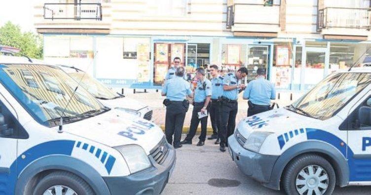 Antalya'da 300 lira için soygun yapıldı