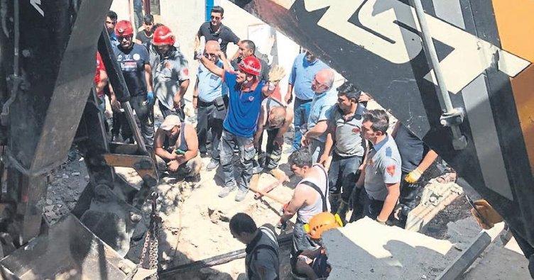 Göçük altında kalan üç işçi kurtarıldı