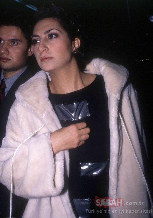 Serenay Sarıkaya'ya Cem Yılmaz aşkı yaradı! Serenay Sarıkaya mavi mini elbisesiyle kendine hayran bıraktı...