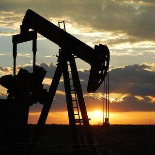Petrol fiyatları azalan ABD stokları etkisiyle yükseldi