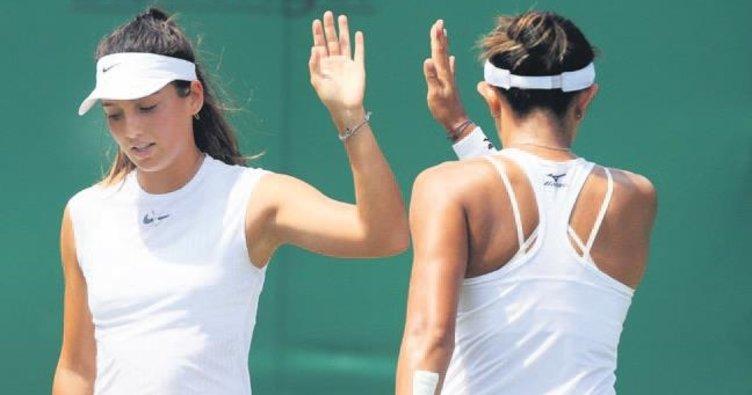 İpek Soylu Wimbledon'da çiftlerde ikinci tura çıktı