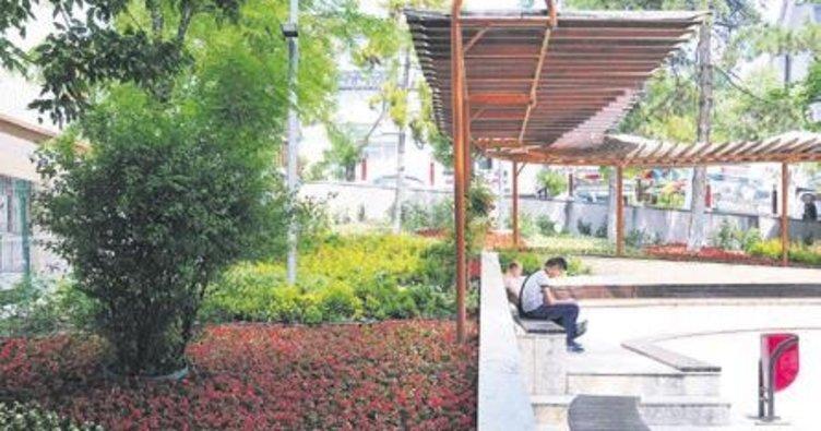 Keçiören'in parkları yaza hazır